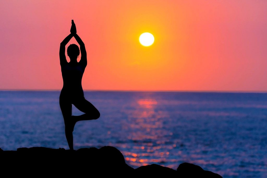 YOGA - backlit-beach-dawn-588561